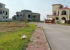 bahria-town-phase-8-f1-10-marla-corner-plot-with-4-marla-extra-land3b63ff5ca12666555c6d3d75cfb84a46_thumb